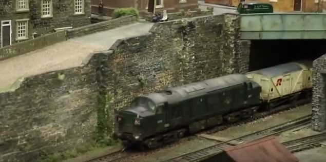 wall weathering scale models railways