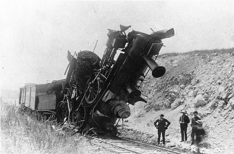 train crash photo